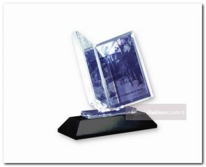 kitap kristal plaket